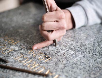 Gravure pour monument funéraire Franche Comté